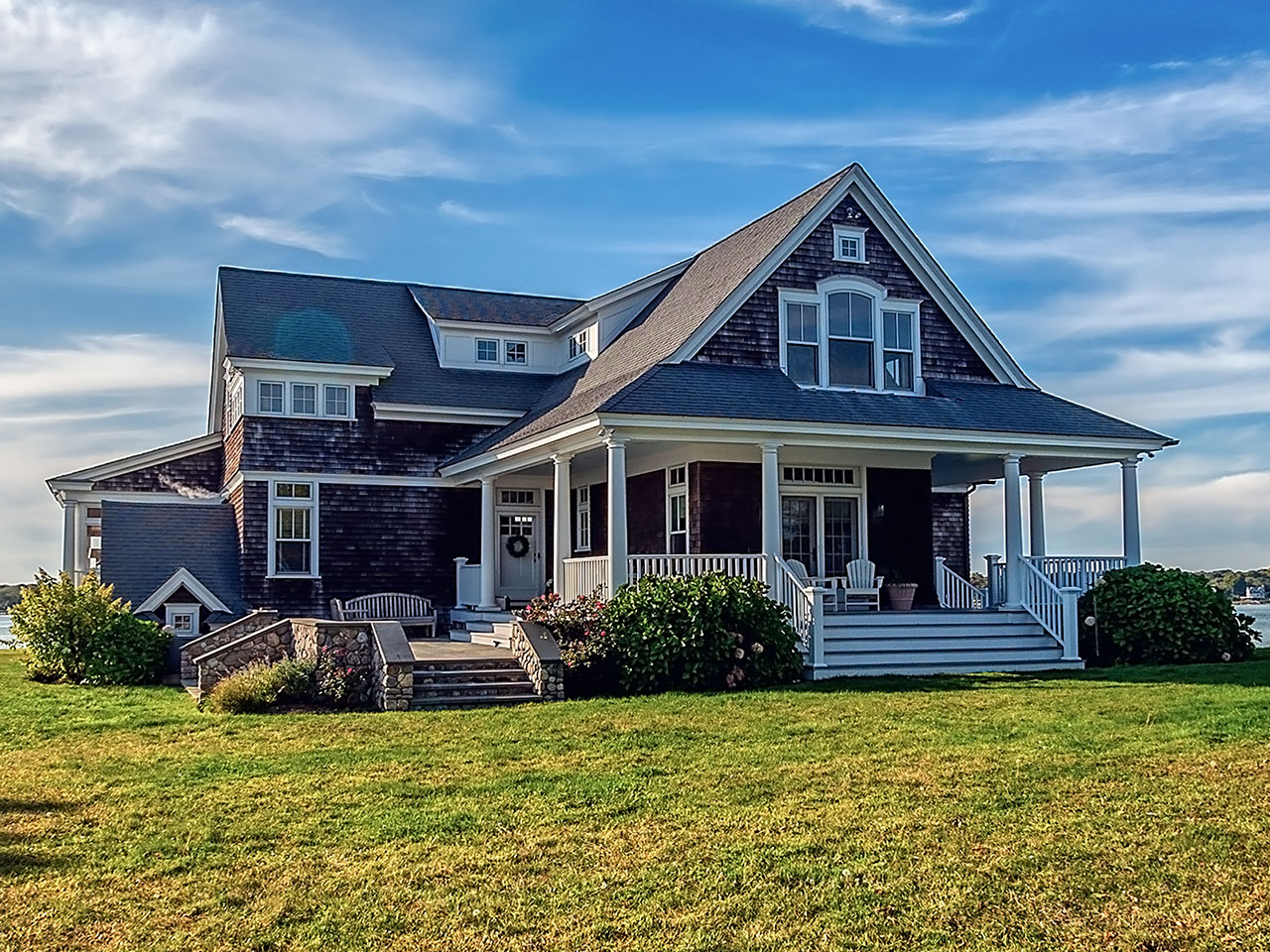 Stephen-Sullivan-Inc-Rhode-Island-Custom-Build-Home-Thomas-Point--feature